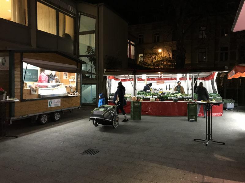 Bauernmarkt in der Altstadt Bonn